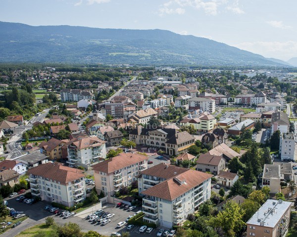 DRONE-I2N-commune-collectivites-locales-mairie-patrimoine-Ville-la-Grand-7816